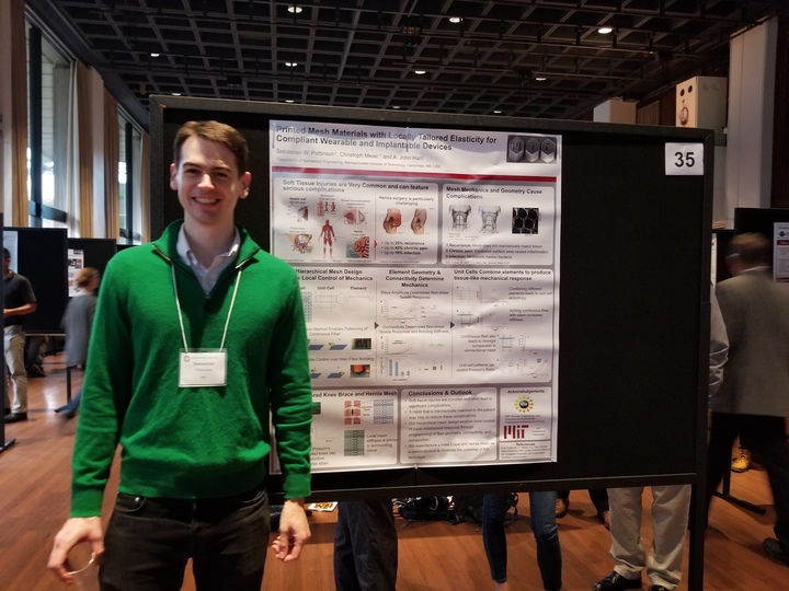 Sebastian Pattinson wins MIT Materials Day poster award